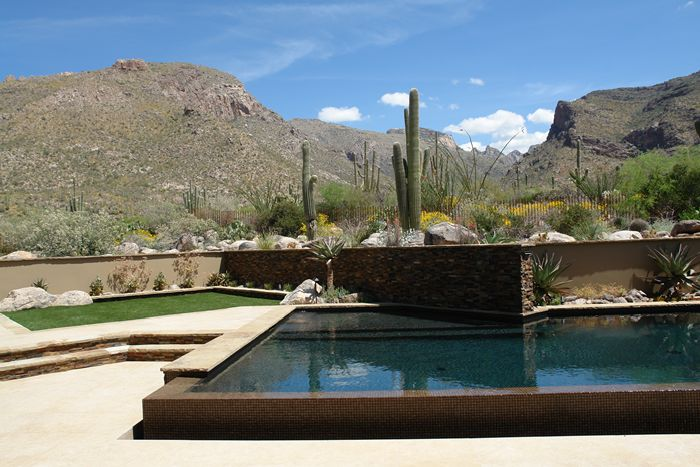 Geometric Pools And Glasswall Pools Can Be Spectacular